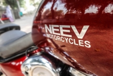 Modified_Royal_Enfield_Classic_500_Chopper_large_fuel_Tank_Neev_Motorcycles_Delhi
