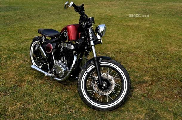 Aks, the modified Royal Enfield by Puranam Designs