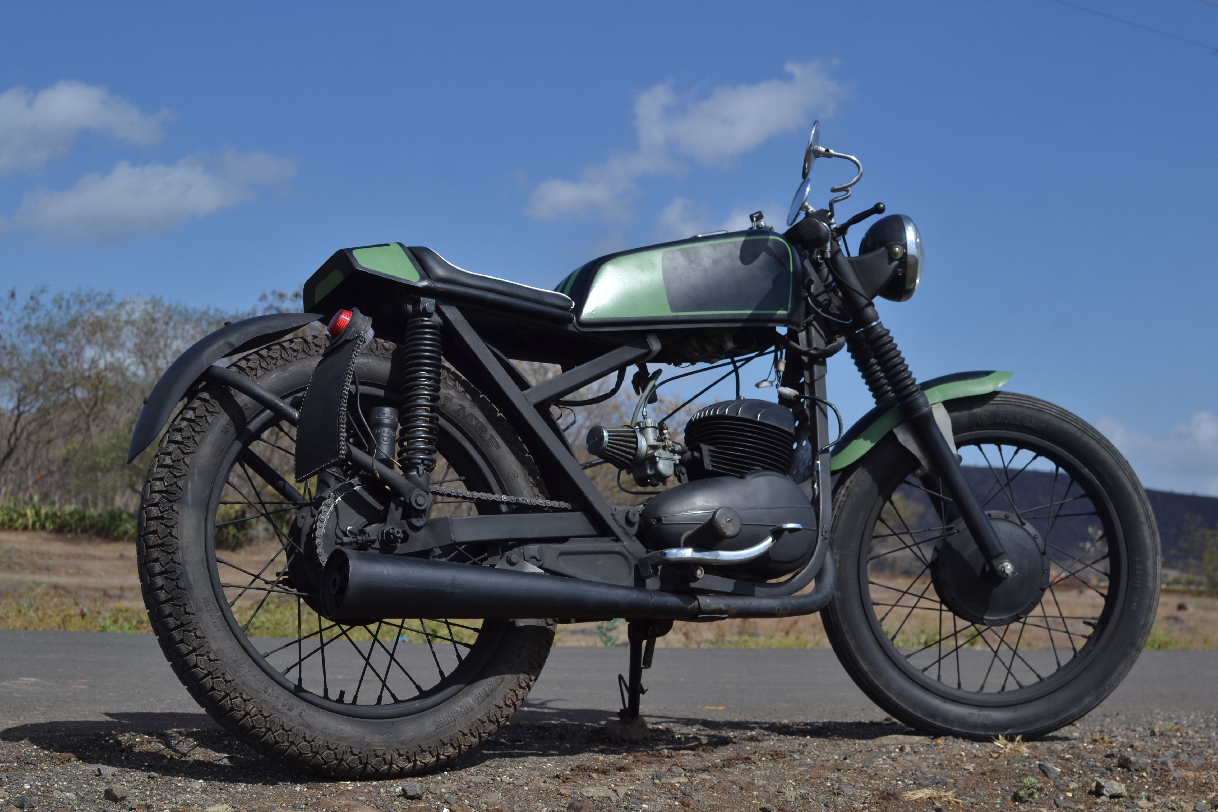 Rajdoot 175 – from OLX to Cafe Racer ~ Art on Vehicles Customs