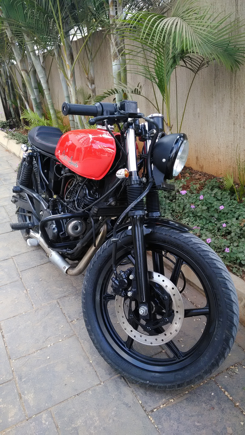 Bajaj Pulsar 200 Cafe Racer by Adromeda Custom Motorcycles