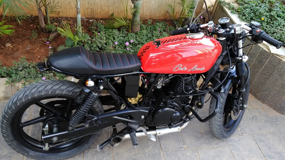 Modified Bajaj Pulsar Cafe Racer