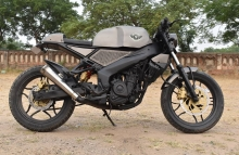 Bajaj-Pulsar-Cafe-Racer-by-Kunwar-Customs-Jaipur-Rajasthan.jpg.jpg
