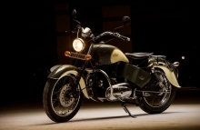 Modified Royal Enfield Standard inspired by Indian Chief by Eimor Customs