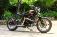 Modified_Bajaj_220cc_Pulsa_Bratbob
