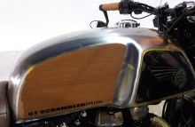 Modified Royal Enfied Continental GT Tnak by Bulleteer Customs
