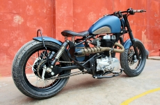 Royal-Enfield-350 cc-Twin-Spark-Thunderbird-Modified-Bobber-Bull-City-Customs-India-Delhi-.jpg