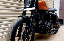 Modified Royal Enfield Cafe Racer Bulleteer Customs Bangalore