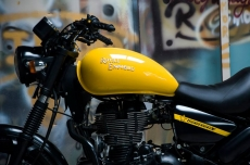 modified_thunderbird_fuel_tank_paint