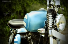 Cult_Classic_Motorcycle_Custom_Royal_Enfield_Modify_Bobber_Blue_Paint