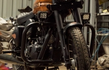 Royal Enfield Classic Paintjob by Eimor Cistoms