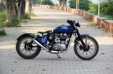 Royal-Enfield-Classic-Bobber-Bambukaat-Motorcycle-Customs.jpg