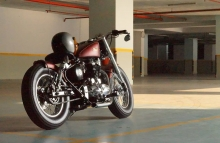 Bulleteer Customs Royal Enfield Motorcycle Modification