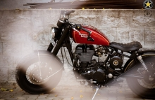 Modified Royal EnfieldThunderbird 350 Vintage Bobber by Bulleteer Customs