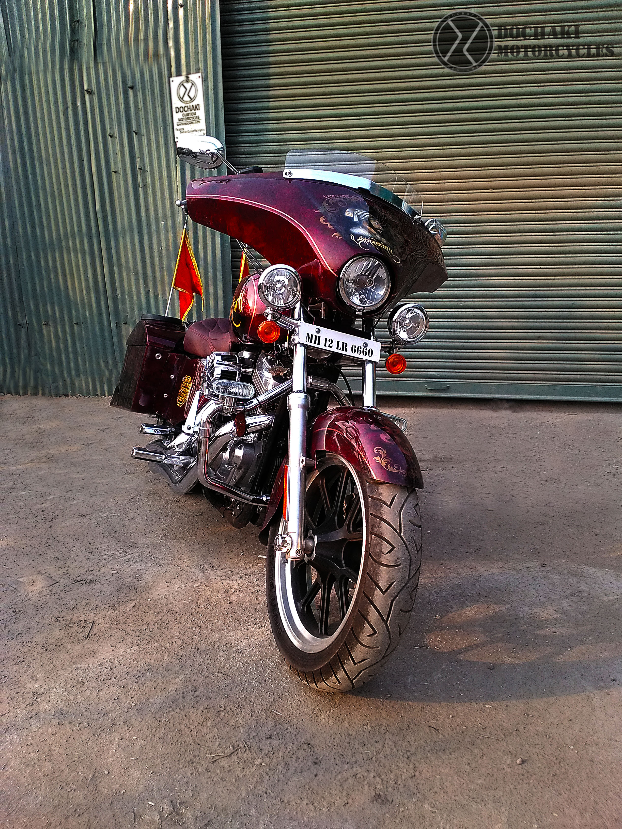 Modified Bagger on Harley Davidson Superlow