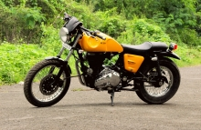 Jedi_customs_Modified_Royal_Enfield_Eectra_Cafe_Racer_Yellow_Paint