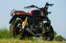 Royal Enfield Continental GT Modification Cafe Racer by Eimor Customs