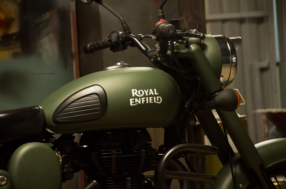 Military Green Royal Enfield Classic Paint By Eimor Customs 350cccom