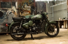 Military Olive Green Royal Enfield Classic paint by Eimor Customs