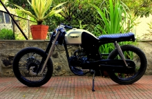 Super Strange_cafe_racer_Hero_Honda_CD100