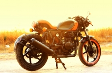 Modified Bajaj Pulsar Old-School Cafe Racer