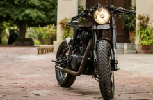 Royal_Enfield_Classic_500cc_Modified_Cafe_Racer