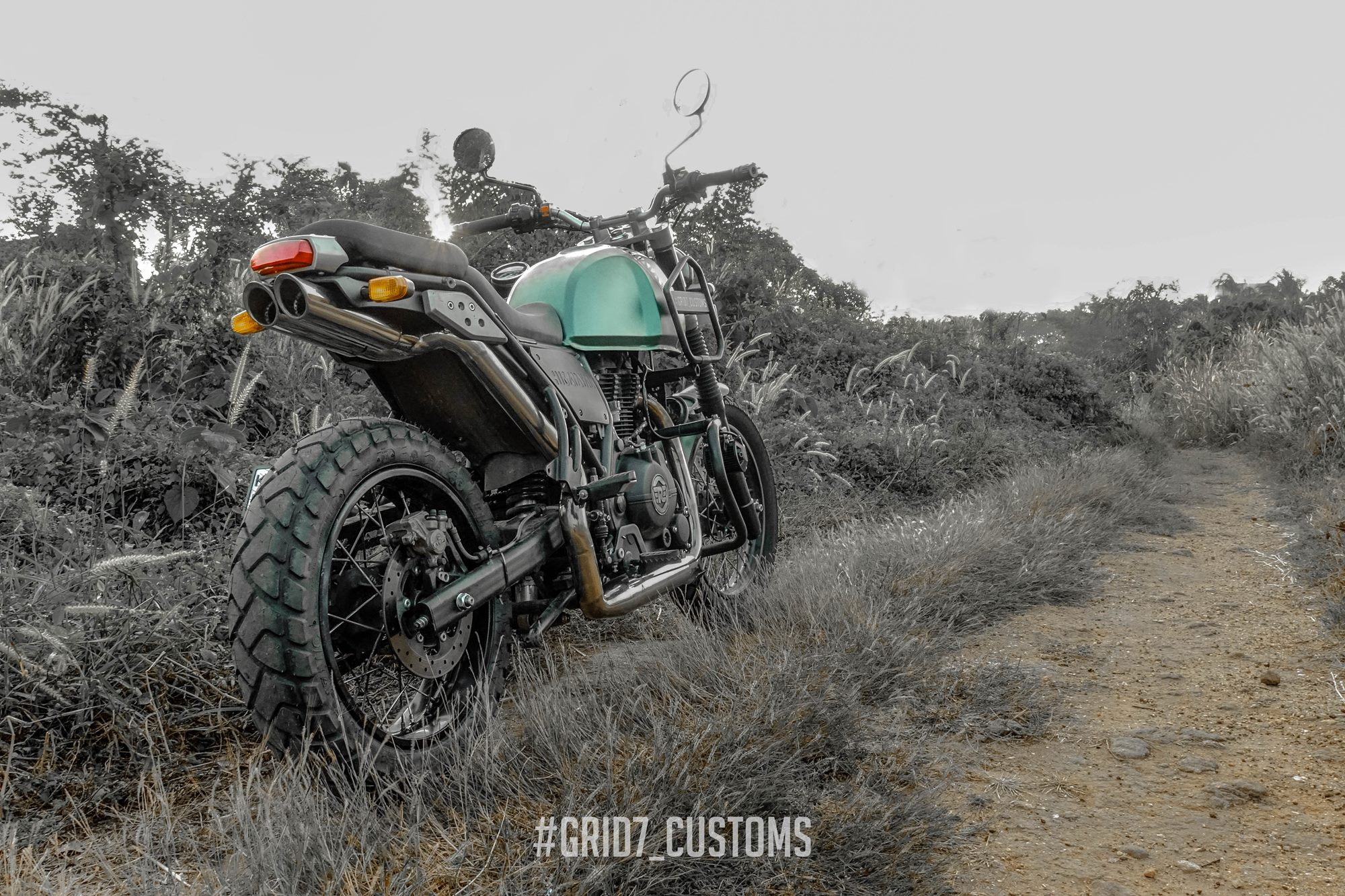 Modified Royal Enfield Himalayan by GRID7 Customs