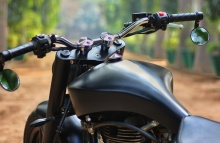 Royal-Enfield-Low-ride-Cruiser-by-xLnc-Customs