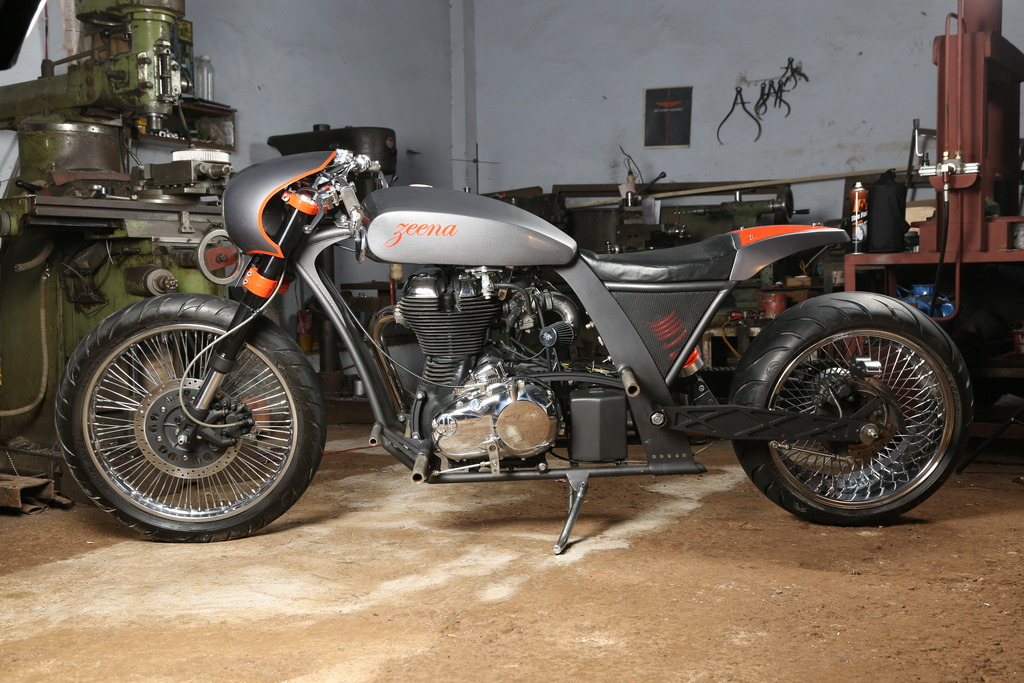 Zeena_Modified_Royal_Enfield_Classic_UCE_TNT_Motorcycles