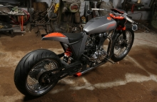 Modified_Royal_Enfield_Classic_TNT_Motorcycles