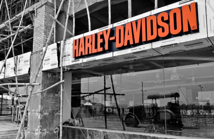 Harley Davidson Showroom in Kolkata