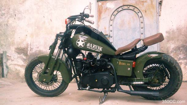 custom-royal-enfield-bullet-runs-by-diesel