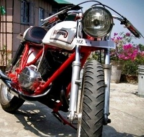 Yamaha_RD_350_CC_Modified_cafe_racer_photo_jpeg
