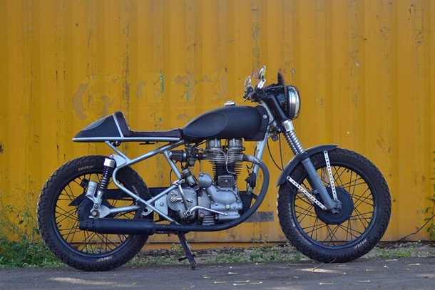 Art_on_Vehicles_Customs_cafe_racer_royal_enfield