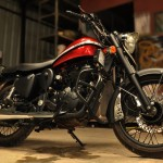 Custom paint Royal Enfield Desert Strom