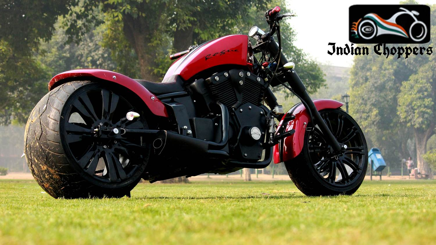 Rouge with dummy V-Twin – from Indian Chopper