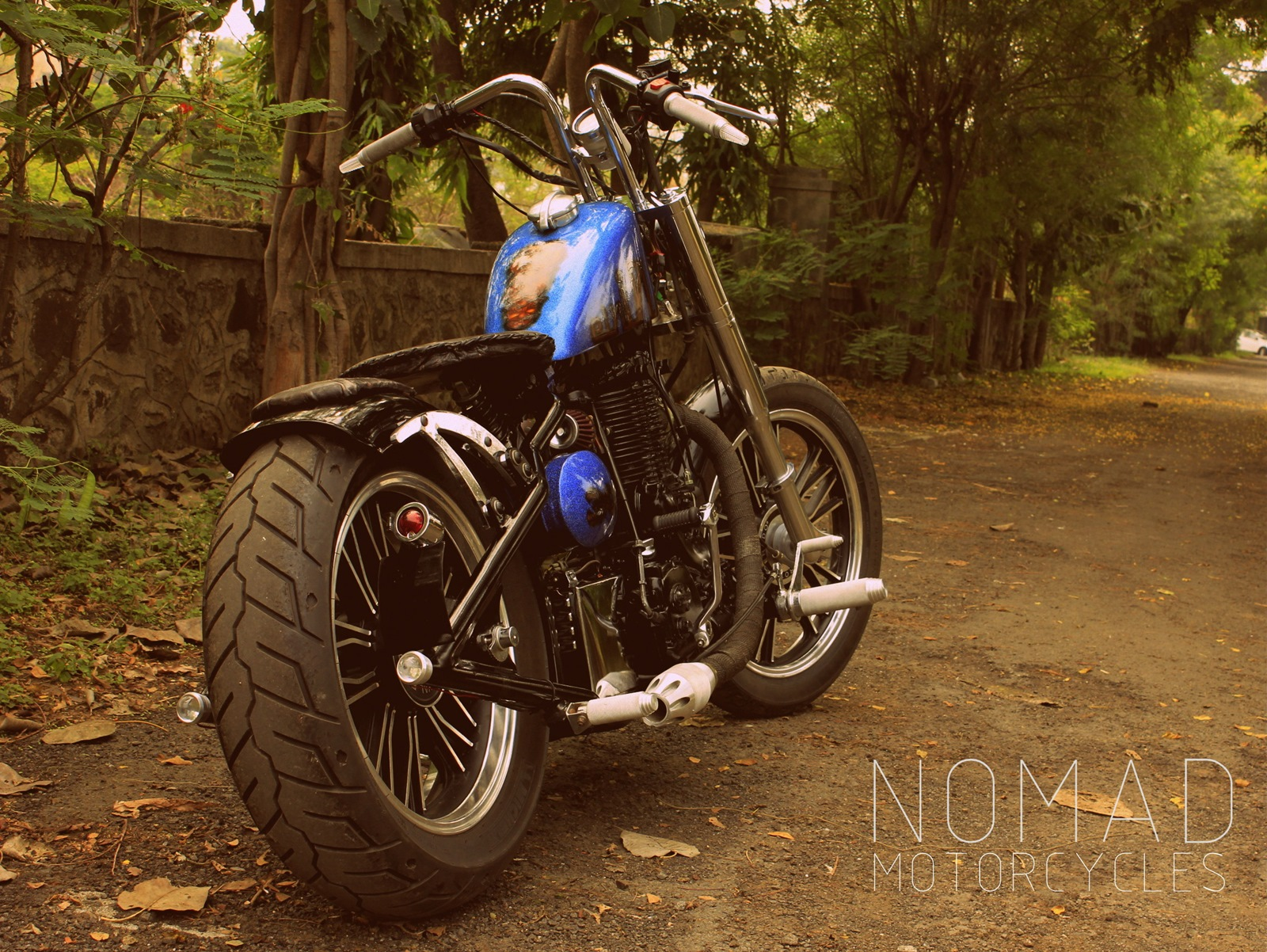 Modified_Royal_Endield_bobber_Pune_Nomad_motorcycle