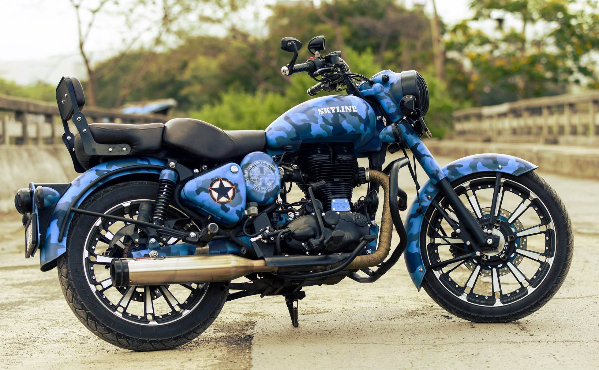 Skyline Royal Enfield Classic 500cc With Camouflage Paint 350cccom