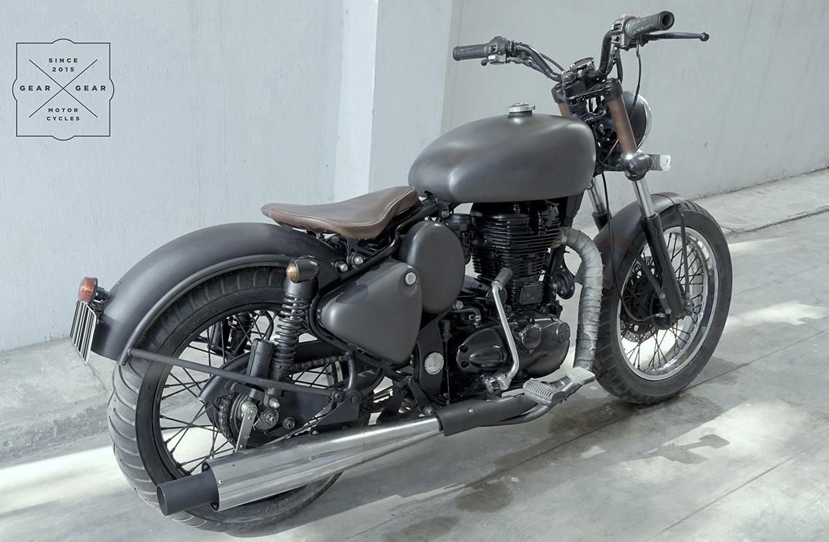 royal-enfied-classic-350-bobber-by-gear-gear-motorcycles