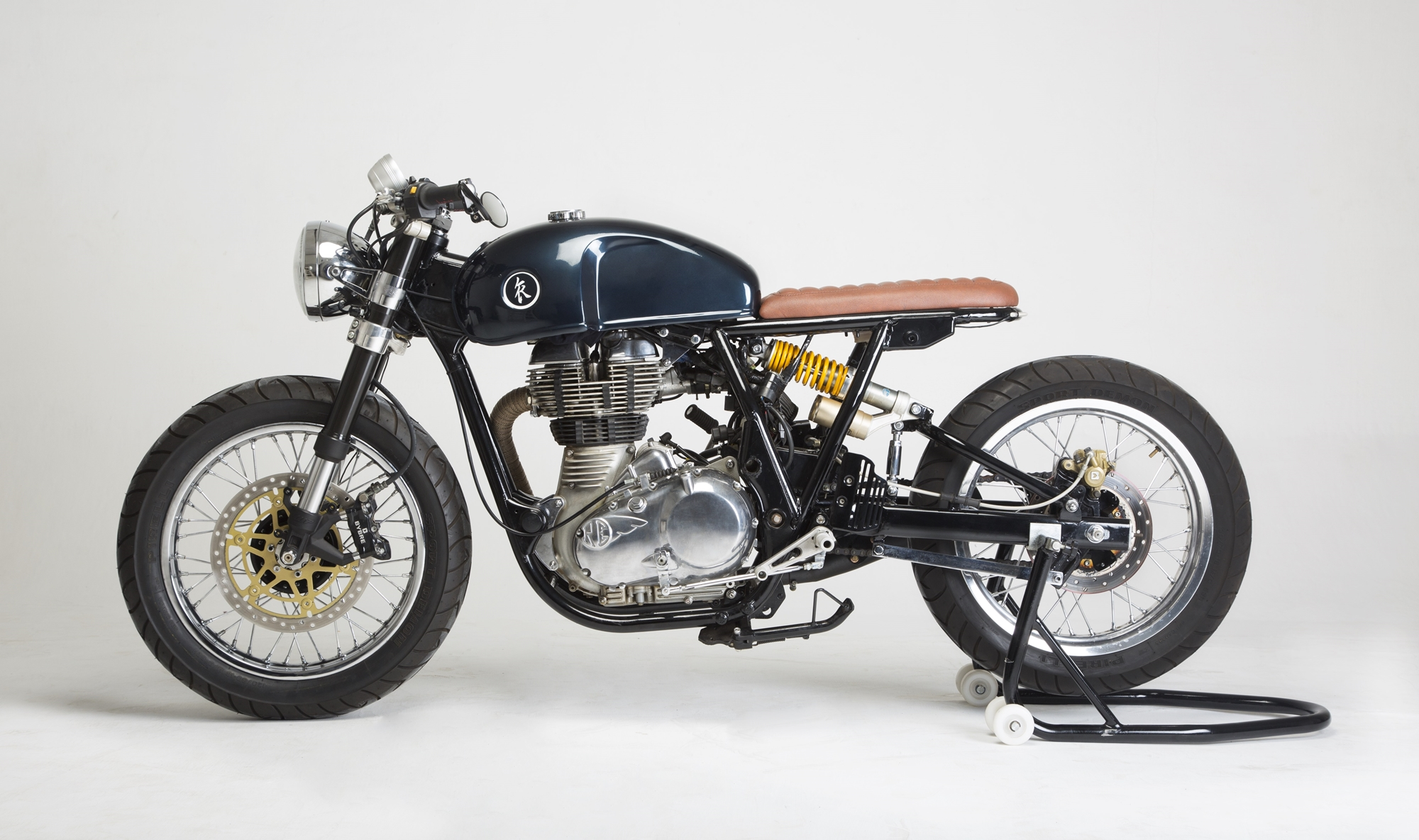 royal-enfield-continental-gt-cafe-racer-modified-kr-customs