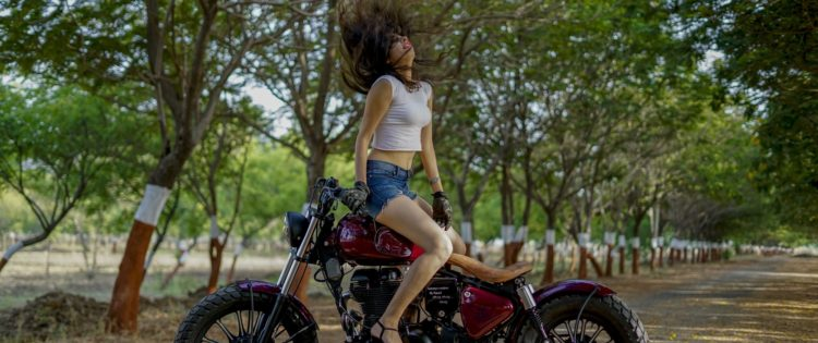 Custom Royal Enfield Standard 350 Bobber by PMS Motorcycles