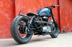Royal Enfield Thunderbird Bobber By Bull City Customs